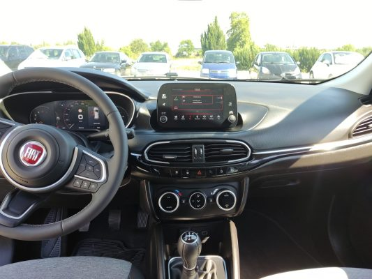 FIAT TIPO CROSS 1.0 100HP-15